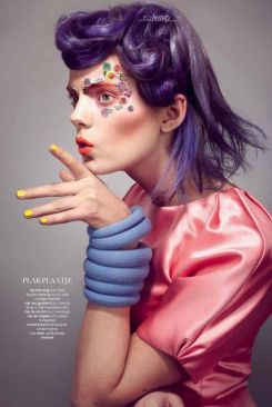 ELLE Netherlands April 2012: I Want Candy - Photographer: Carmen Kemmink - Hair & Makeup: Sandra Govers @ Angelique Hoorn - elements-magazine.com