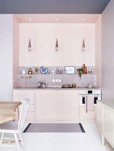 Visite privée : l'appartement poudré de la marque Marie-Sixtine | Glamour - Photographe © Hervé Goluza - glamour.com
