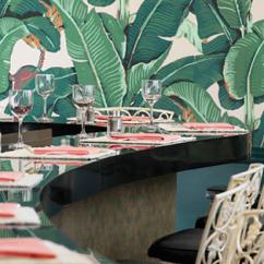 """Papier peint """"Martinique"""", Hinson, modèle emblématique du Beverly Hills Hôtel - le13zor.canalblog.com"""