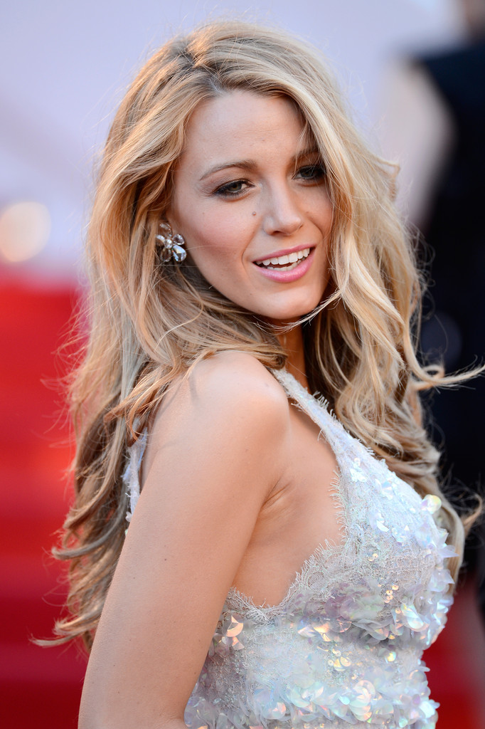 Blake Lively - Hair contouring - healthygirlslove.com