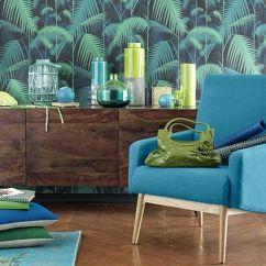 Déco tropicale - Vase vert anis MONSOON – Coussin lin et soie verte BORA – Poisson carpe vert KOI | Maisons du Monde - blog.maisonsdumonde.com