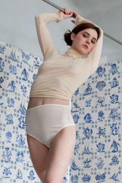5 P.M. Dessù - Model Juliette Lamet / Stylisme Nathalie Jean / Photographe © Emma Le Doyen - dessu.nu