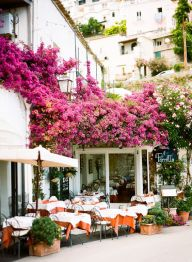 Outdoor Dining in Positano Italy - entouriste.com