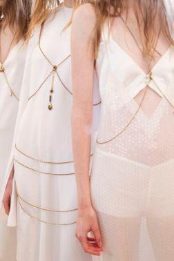 Calvin Klein Spring 2016 - Ready to wear - vogue.com