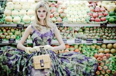 Constance Jablonski by François Campos for Vogue Latin America February 2012 - fashiongonerogue.com