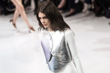 Courreges - Runway - Paris Fashion Week Ready to Wear S/S 2016 - culturebox.francetvinfo.fr