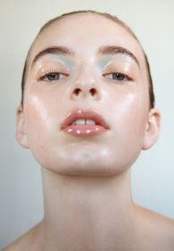 Oyster Beauty- 'Moonchild' Shot By Romain Duquesne - o-c-u-l-t-o.com
