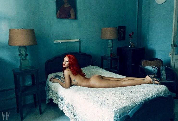 Rihanna - Vanity Fair - November 2015 - Cover Annie Leibovitz