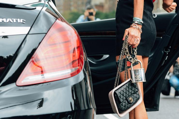 Tommy Ton - Street style - Chanel bag - Eleonore Terzian Blog - eleonoreterzian.com