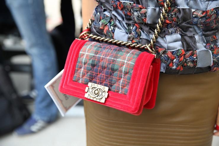 PFW - Chanel Bag Street style - Eleonore Terzian Blog - eleonoreterzian.com
