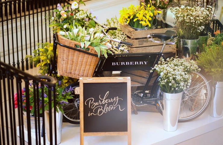 Burberry In Bloom - Pop up