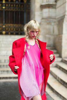 Pink & Red - Harper's Bazaar Street style